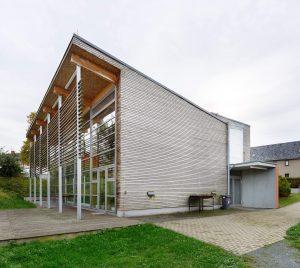 Gesellschaftsbau, Dorfgemeinschaftshaus, Generalplaner, Architekten, Ingenieure - interdisziplinär organisiert,
